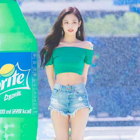 Jennie at the Sprite Waterbomb Festival in Seoul 2018