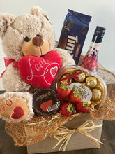 Load image into Gallery viewer, Valentine's Hamper