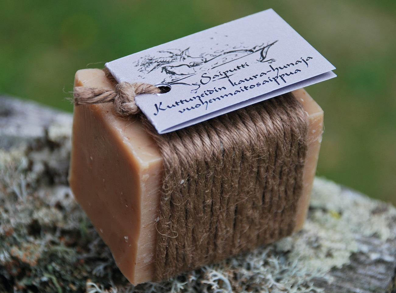 Goat's milk soap - Oat & Honey