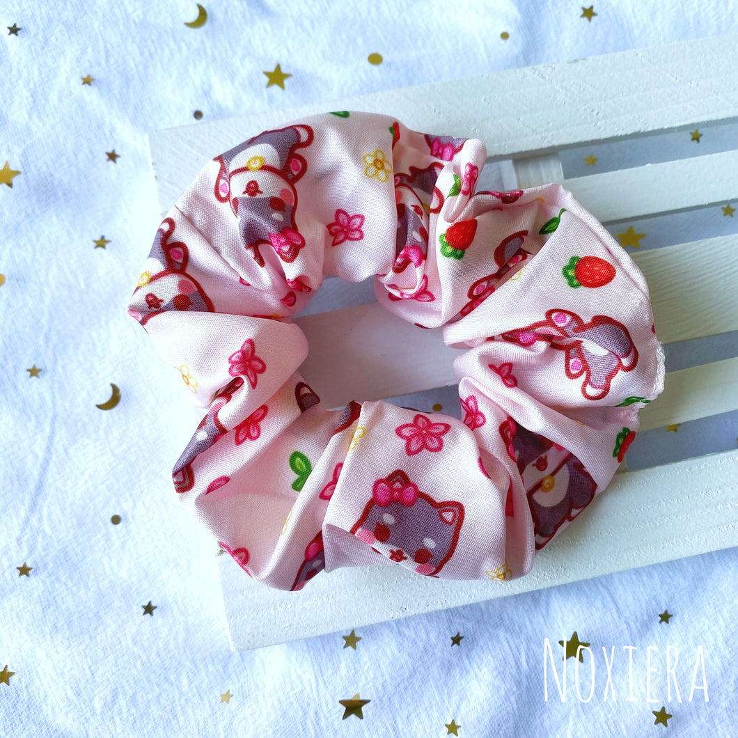 Four Seasons Satin Scrunchie (Spring Molly)