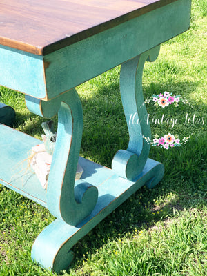 Vintage Empire Table