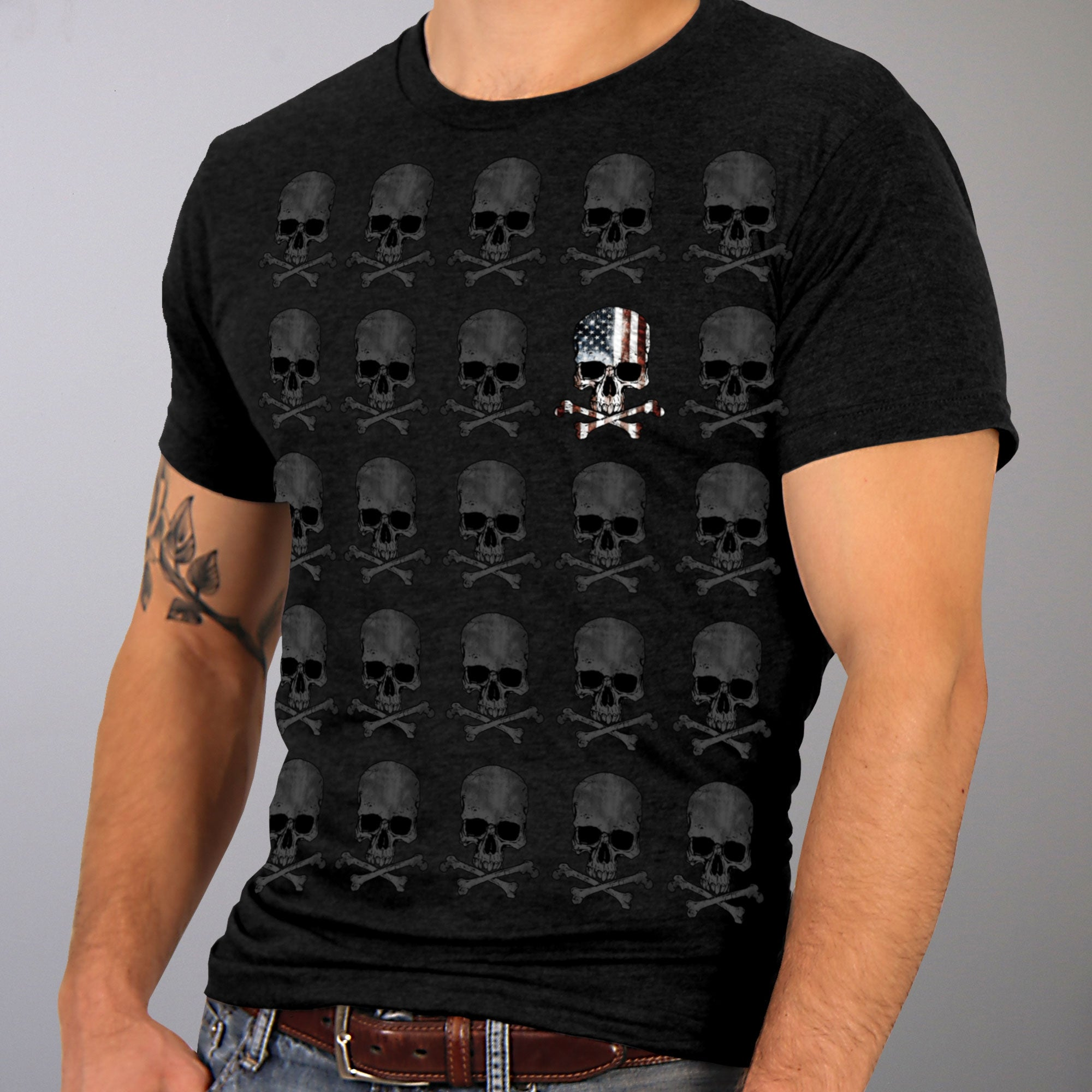 Hot Leathers Skull Pattern Jumbo Print T-Shirt