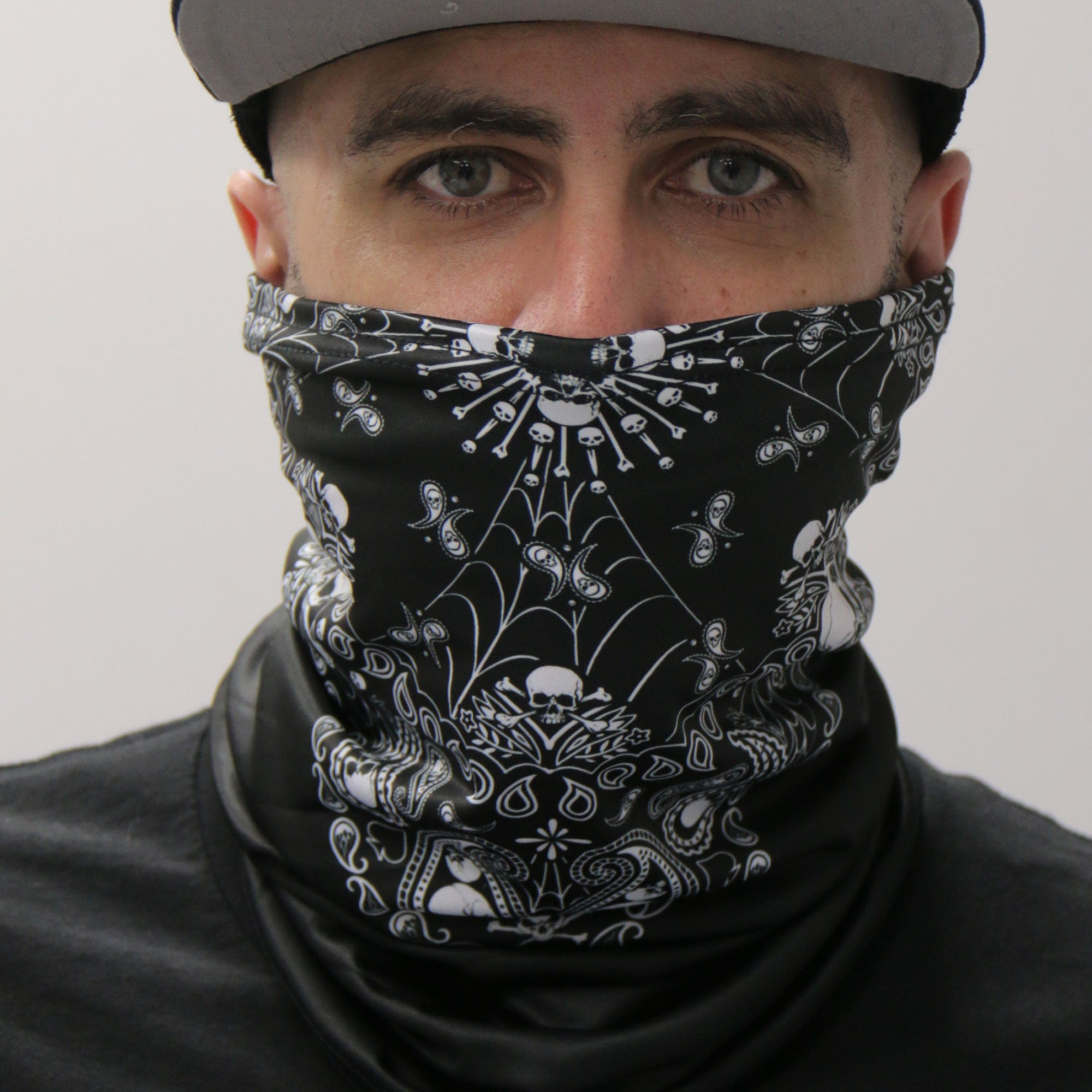 Hot Leathers Skull Paisley Neck Gaiter Mask