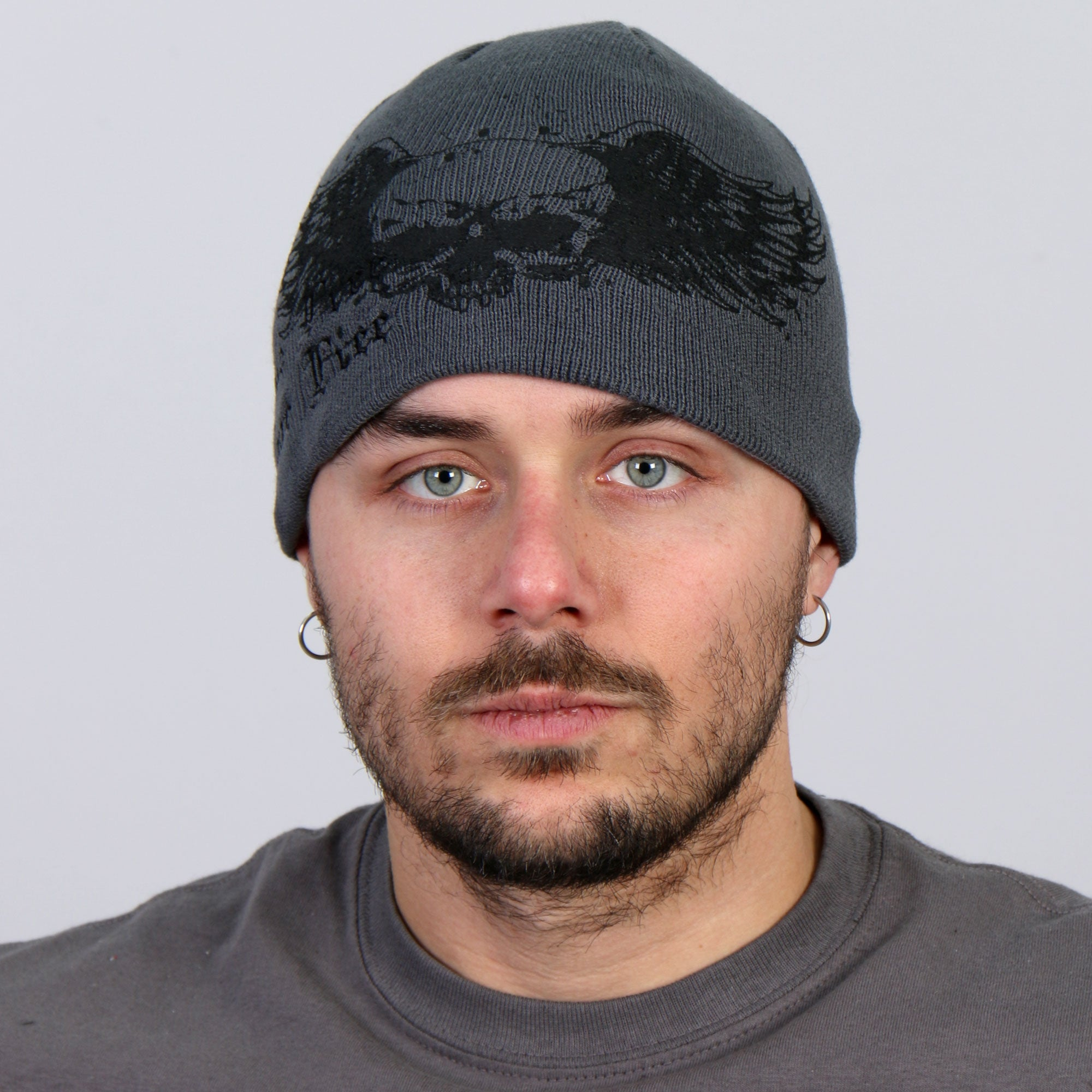 Hot Leathers Skull with Wings Grey Knit Cap