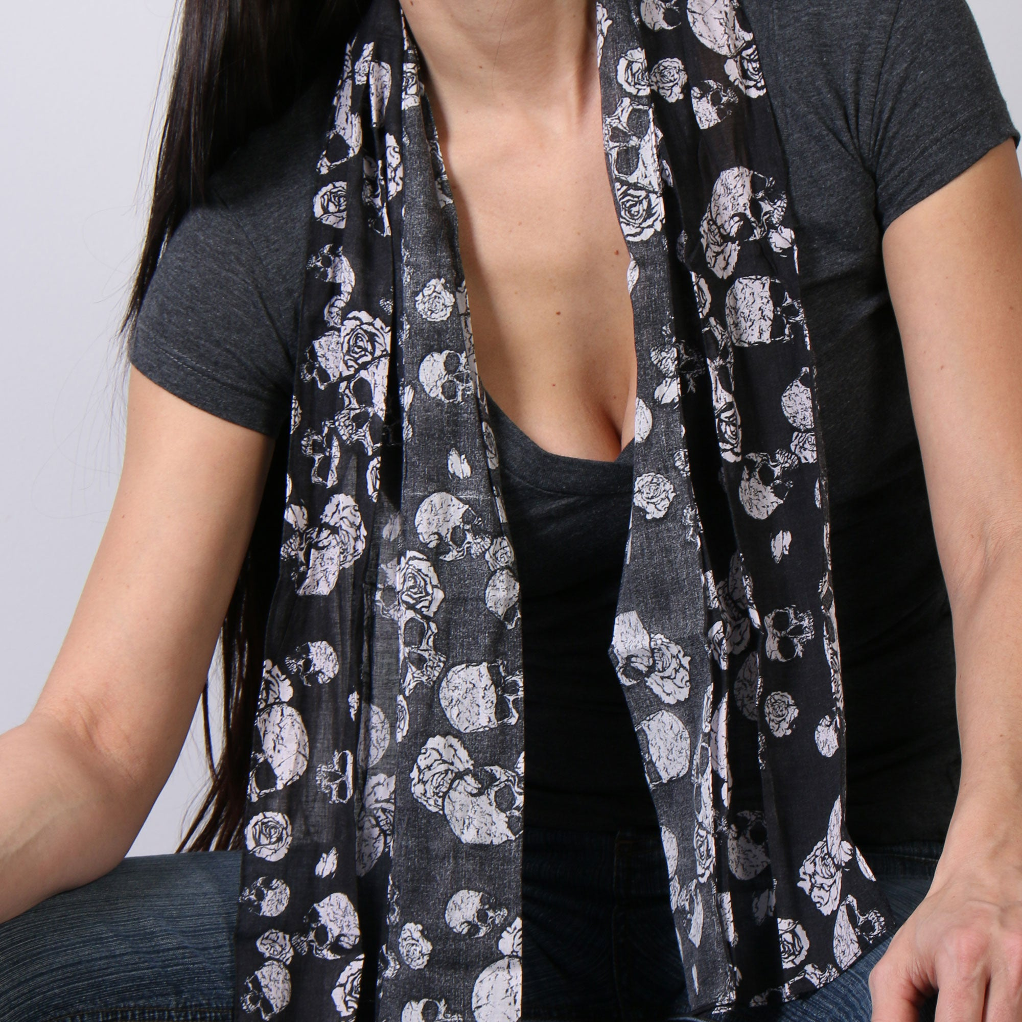 Hot Leathers Skulls Scarf