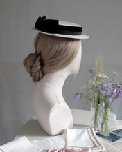 Load image into Gallery viewer, Petite Sailor hat in Ivory & Black
