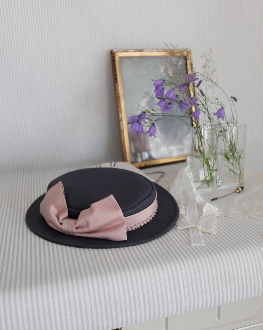 Petite Sailor Hat in Cool Grey with Pink Side Bow