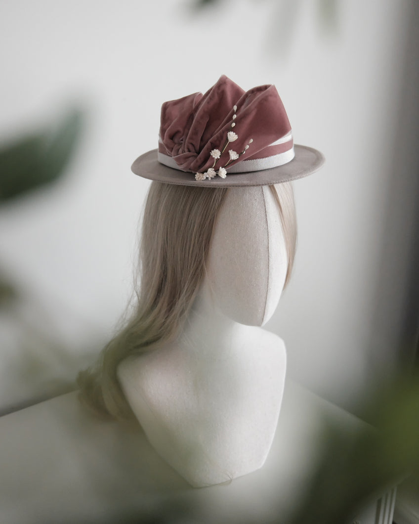 1890's inspired triple bow hat in old pink & light grey