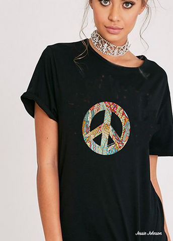 Loose fit t Boho Chic Peace & Love Print, Vintage T-shirt - Graphic Tee Women- Perfect gift t-Shirt