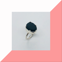 Load image into Gallery viewer, Rose Cut Onyx Ring