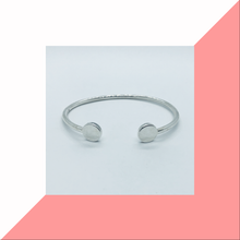 Load image into Gallery viewer, Open Style Bangle