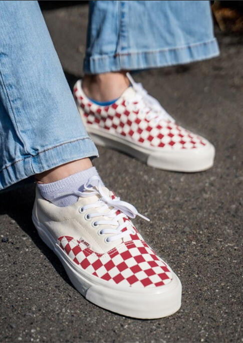 Plaid Printed Lace Up Flat Sneakers