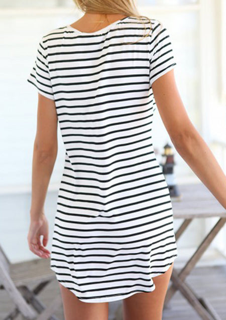 Loose Striped Dress without Sunglasses