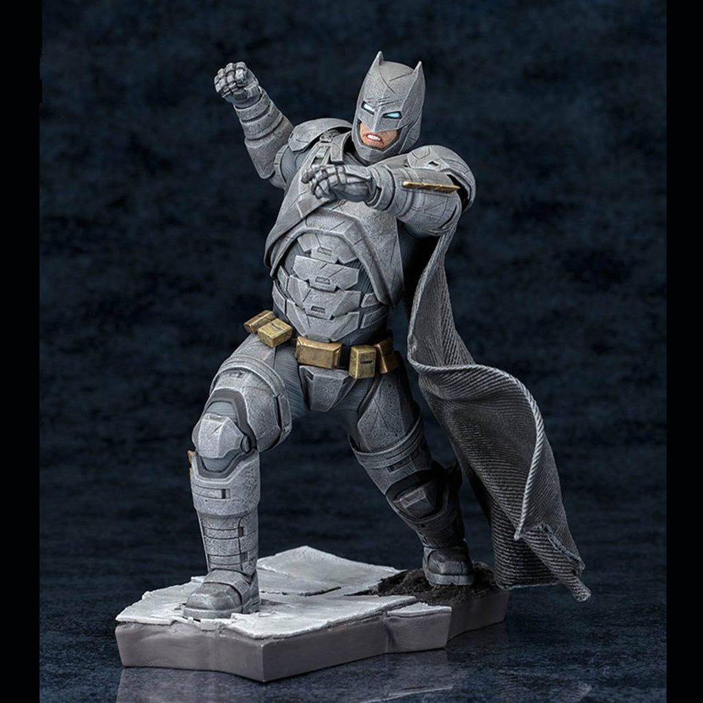 Kotobukiya Batman Vs Superman Batman ArtFX Statue Figure