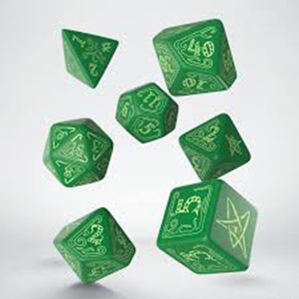 Q-Workshop Call Of Cthulhu Green Glow In The Dark 7 Piece Dice Set