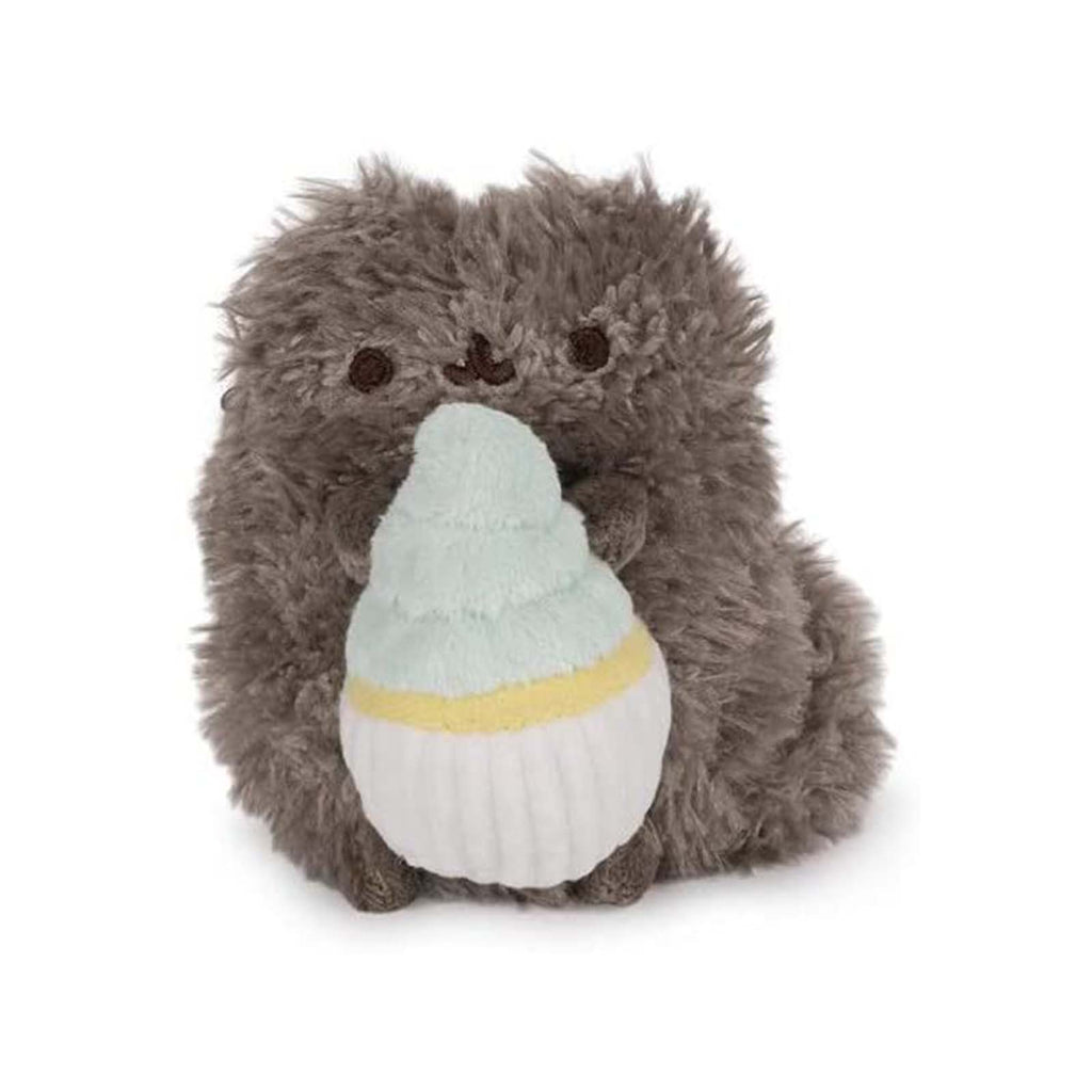 Gund Popular Culture Plush - Gund Pusheen Pip With Cupcake 4 Inch Plush Figure