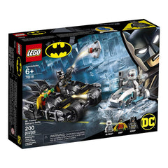Lego - LEGO® Batman Mr. Freeze Batcycle Battle Building Set 76118