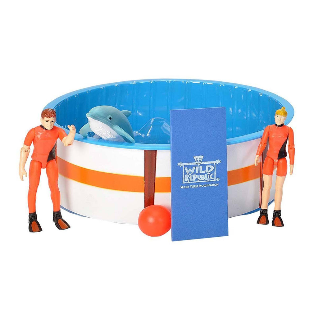 Dolphin Recovery Pool Figures Playset