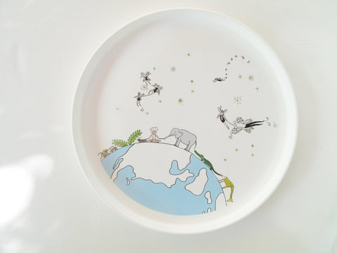 Smiling Planet Fairies Fly Plate