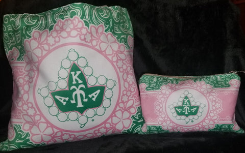 AKA tote/cosmetic bag set