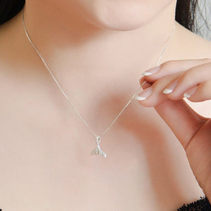 Lovely Little '100% 925 Sterling Silver' Classic Whale Tail Choker Necklace!