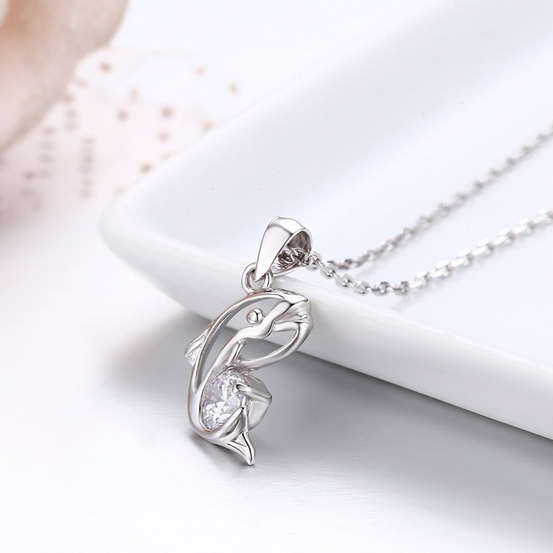 'Elegant And Eye Catching' 925 Sterling Silver Whale Necklace With  Impressive 'AAA' Cubic Zirconia Stone!
