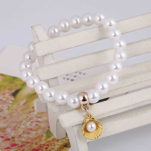 'Fabulous! Simulated Pearl & Sea Shell Bracelet!