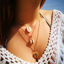 Load image into Gallery viewer, 'Super' Gold Alloy 3 Shells Multi-Layer Pendant Chain Statement Necklaces!