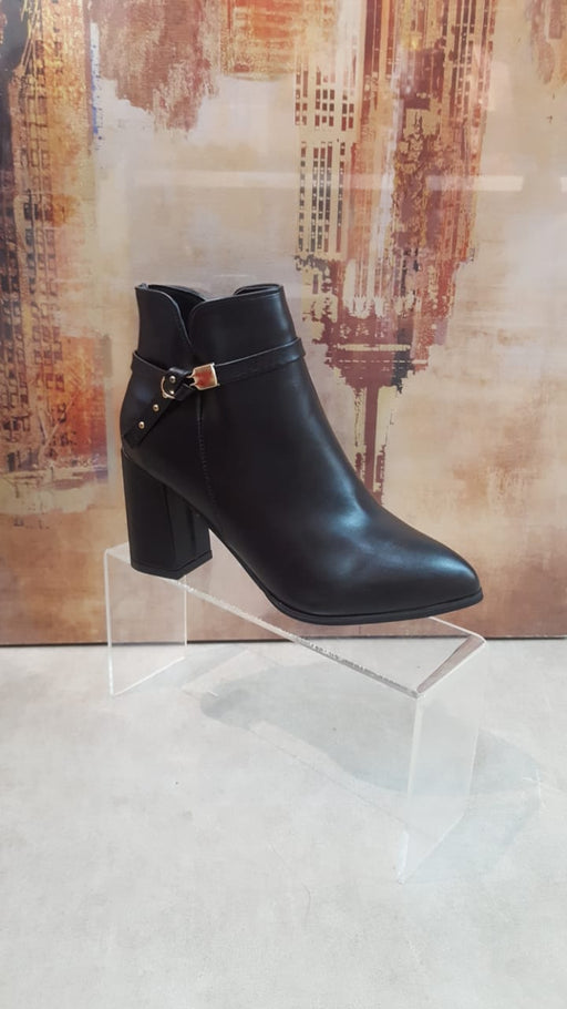 Women's Black High Heel Winter Boots S10