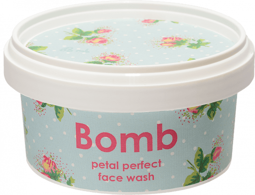 Petal Perfect Face Wash 210ML - exxab.com