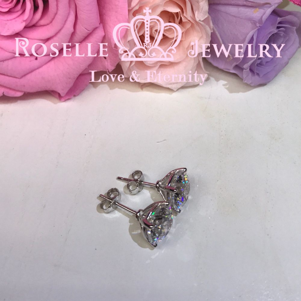 Four Prong Stud Earrings - R300 - Roselle Jewelry