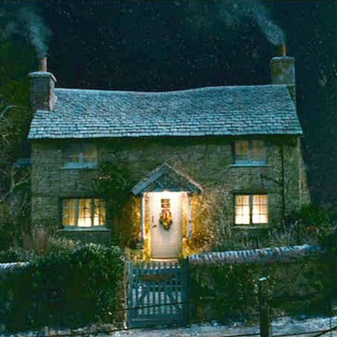 Kate Winslet's Quintessential English Cottage from the movie The Holiday