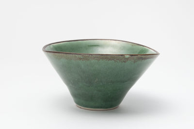 緑釉碗 / Green glazed bowl