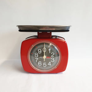 Vintage red kitchen scales