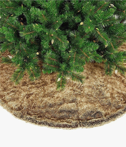 Layout Faux Fur Tree Skirt