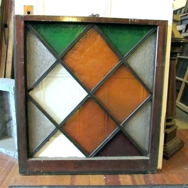 Good-Looking Stained Glass Frames