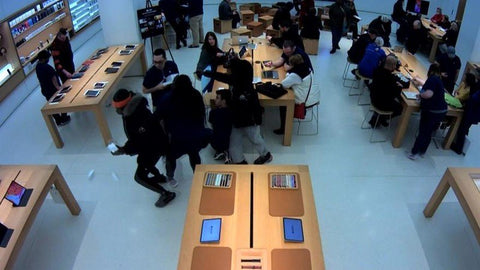 Three thieves steal $17,000 worth of Apple gear from two stores