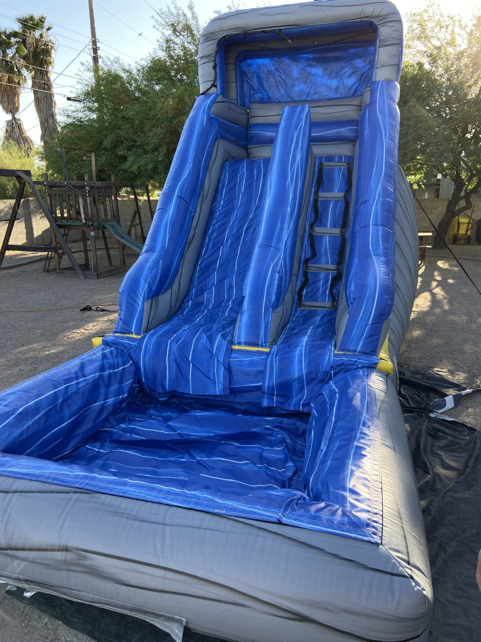 AVALANCHE SPLASH INFLATABLE WATER SLIDE