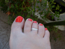 Load image into Gallery viewer, Silver toe ring for women