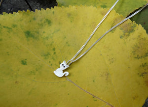 Tiny cat silver necklace for girl