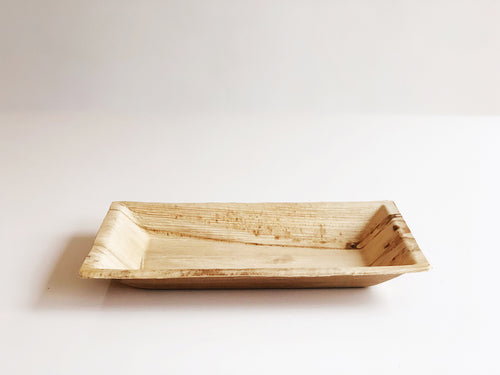 Medium Cuadra biodegradable palm leaf rectangular plate 12x17cm