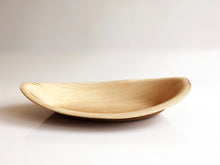 Medium ellipse biodegradable palm leaf bowl 19x13cm