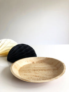 Large round compostable palm leaf serving plate 24cm