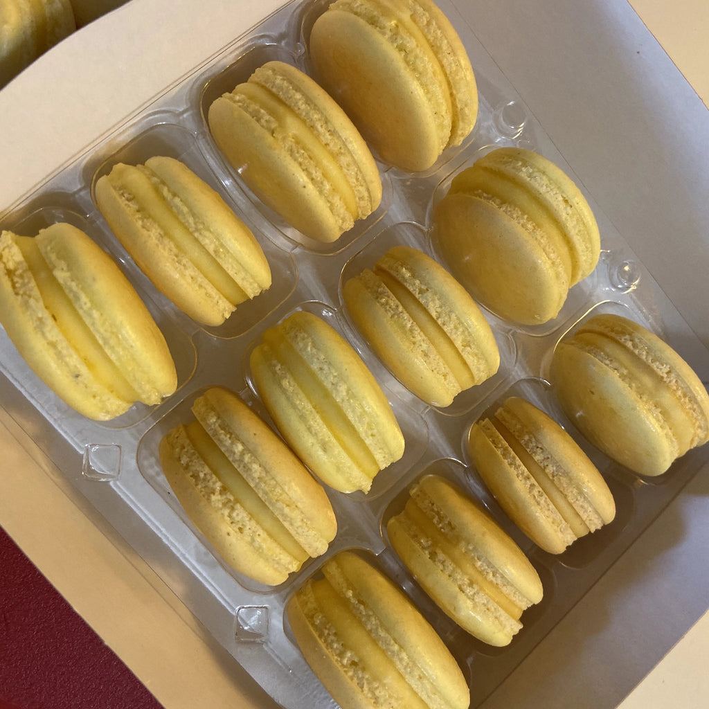 Lemon Curd French Macarons (Box of 12) Evelyn R. Cooke - The #EvCooks Store