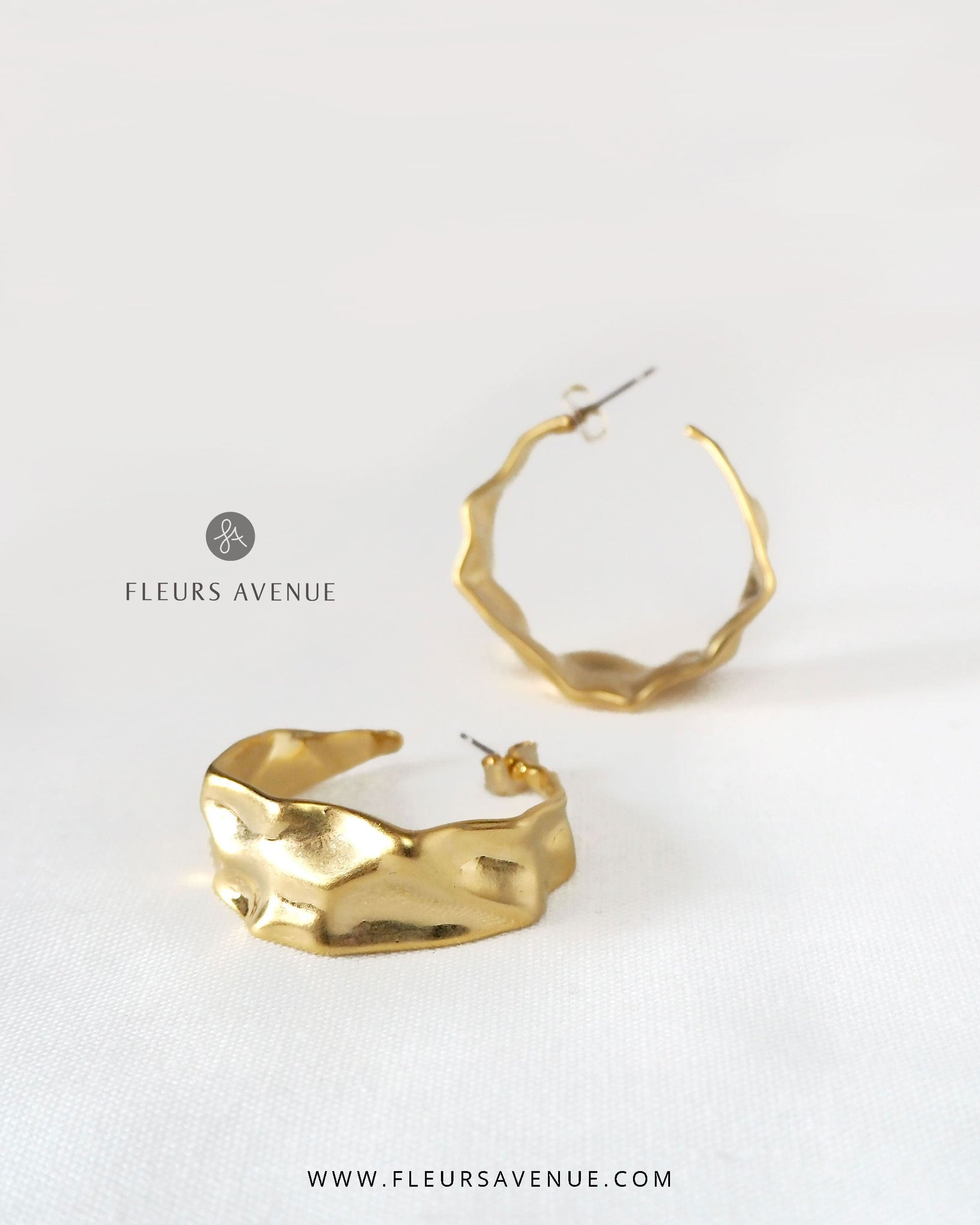 Fleurs Avenue Finn Gold Circular Faceted Earrings