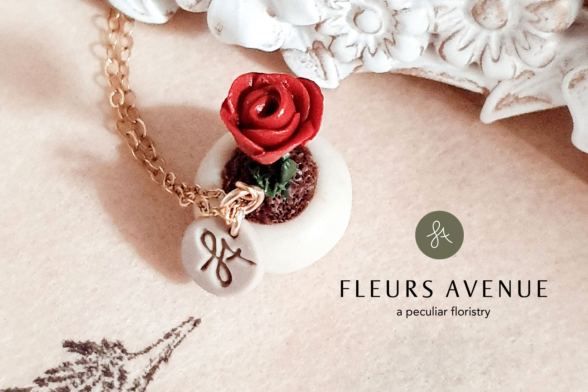 Fleurs Avenue nature-inspired red rose plant pot gold-filled necklace for plant lovers. Perfect gift for flower lovers, plant lovers. 100% pollen free jewellery. Tagged.