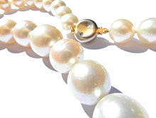 Load image into Gallery viewer, Graduated South Sea Pearl Diamond and 18 Carat White and Yellow Gold Necklace