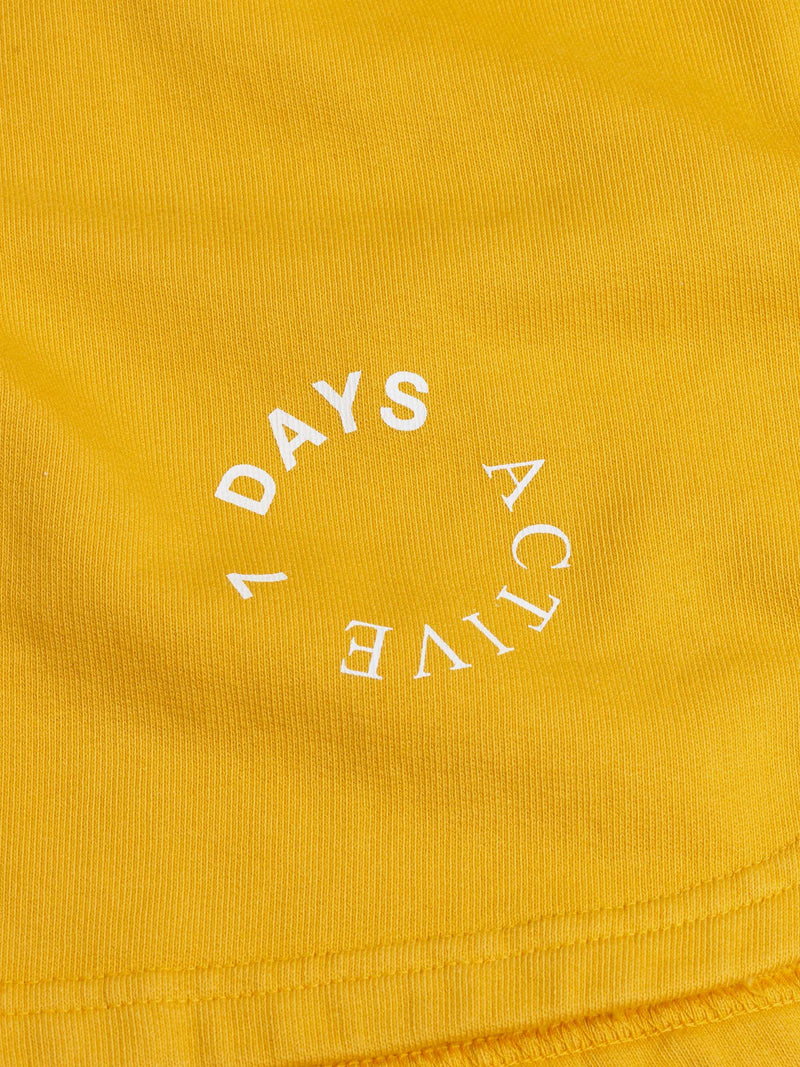 7 DAYS Sweat shorts Shorts 800 Yellow