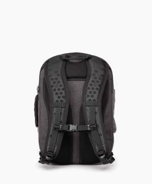 product/ Foam padded shoulder straps ensure a comfortable carry
