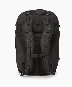 product/ Padded suspension system ensures a comfortable carry